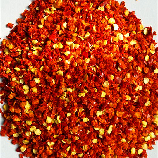 Crushed red pepper with seeds