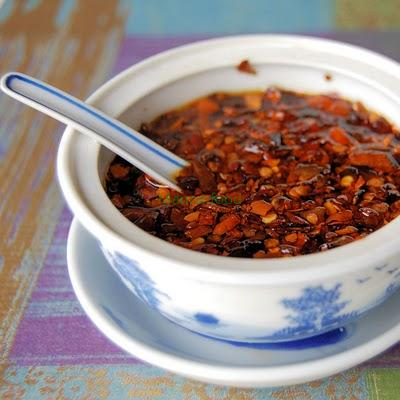 How to make chili oil?