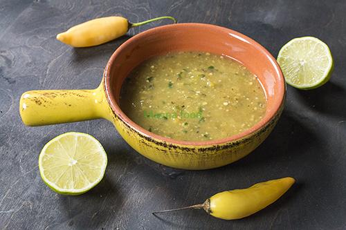 DIY your Mexican Style Green Table Sauce